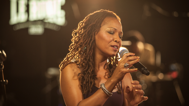 Dinner & Show For Two to see Lisa Simone at the Boisdale in Canary Wharf
